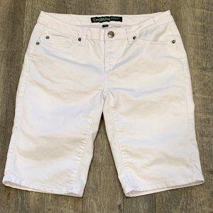 Thread Market Love My Booty White Jean Shorts Sz 9